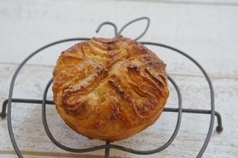 世界のパン クイニーアマン