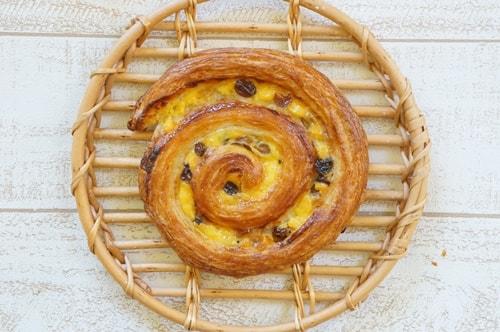 大阪のおいしいパン屋さんル・シュクレクールのパン・オ・レザン