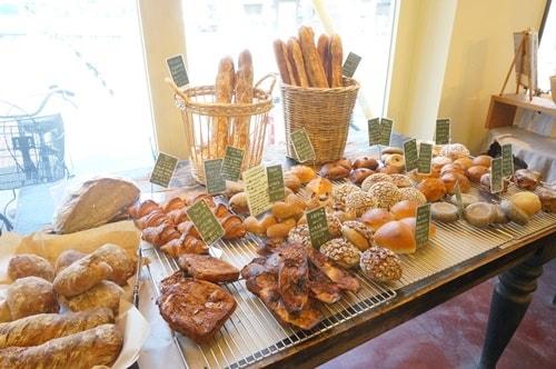 大阪のおいしいパン屋さんパンデュースのパン