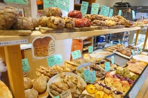 大阪のおいしいパン屋さんパリアッシュのパン
