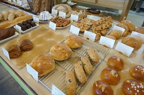 エスカガワ 人気のパン